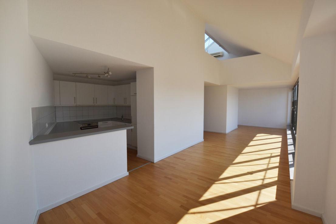 lichterf llte designer maisonette mit dachterrasse siebert immobilien. Black Bedroom Furniture Sets. Home Design Ideas
